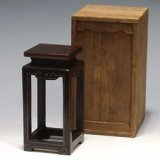 No.E2-039  Display stand, red sandalwood